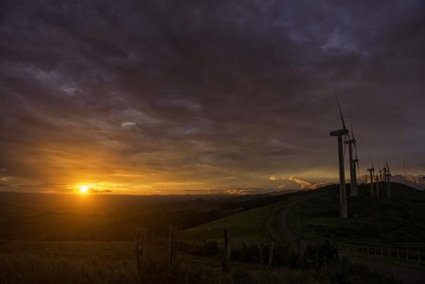 A windy spot by annettep38