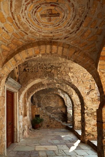 Byzantine Courtyard by ardbeg77
