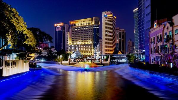 Kuala Lumpur......iconic location by sawsengee