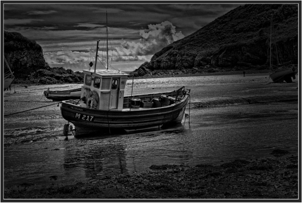 Low Tide (5) by PhilT2