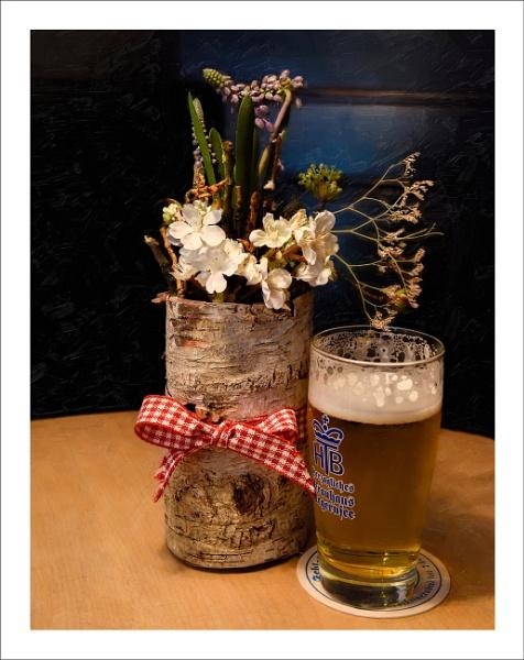 Blumen mit Bier by Toobi_Won