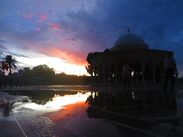 Sunset after a rainy day. by bulbulov