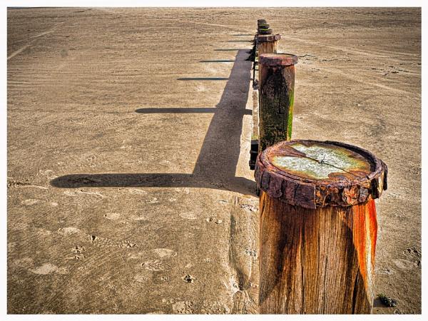 SHADOWS ON THE BEACH.. by kojack
