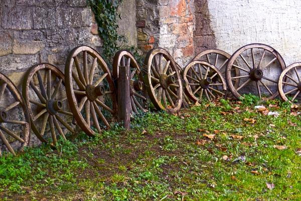 Wagon Wheels by FotoDen