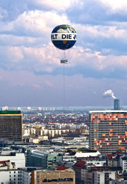 Die Welt by FotoDen