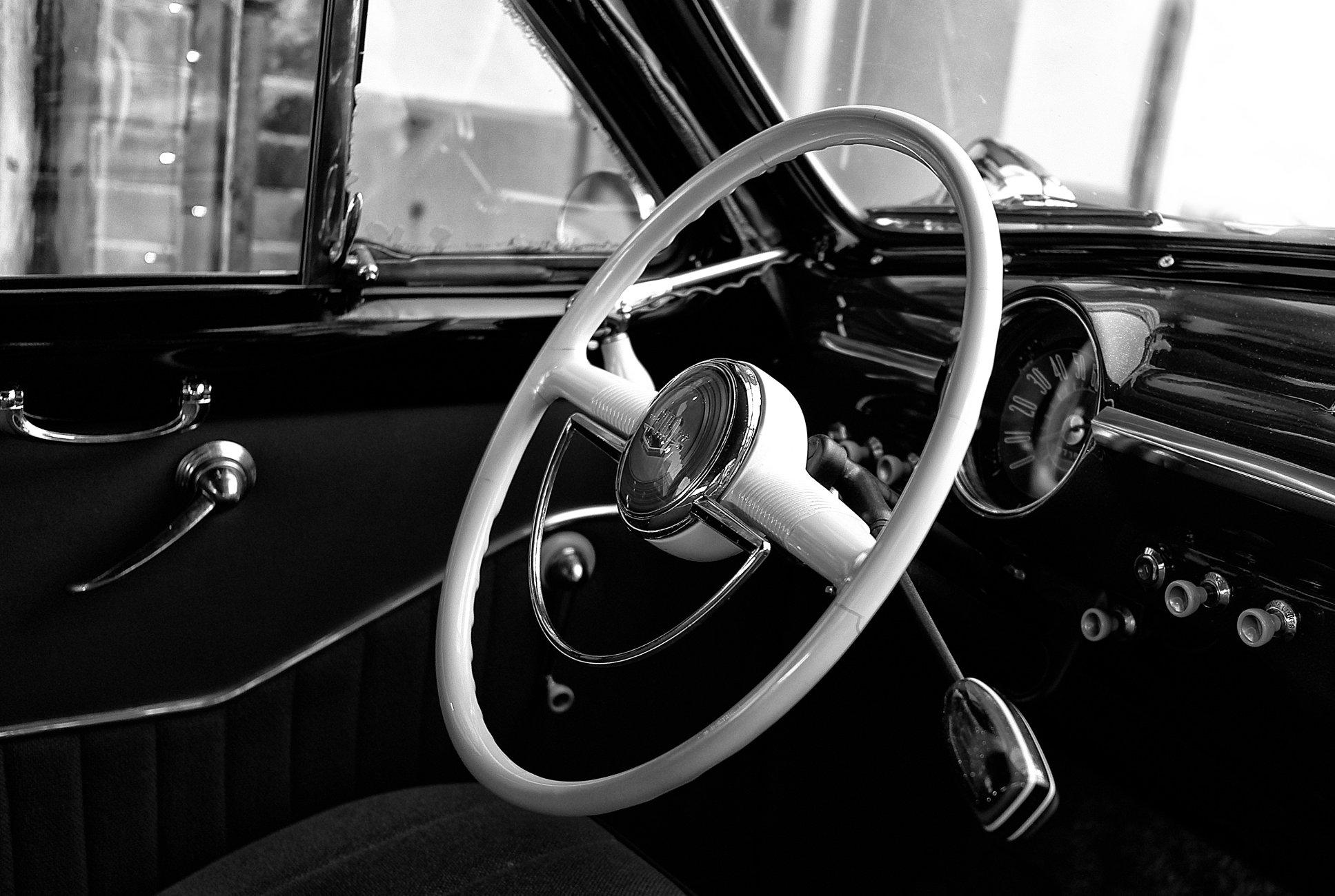 1950 Ford  Fordor Custom Deluxe Dash