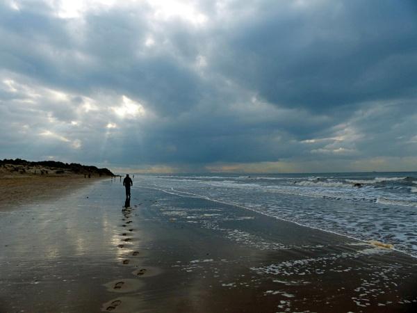 Footprints In The Sand 2. by Debmercury