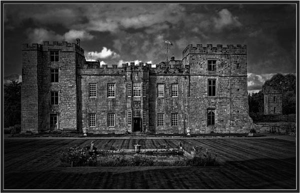 Chillingham Castle by PhilT2
