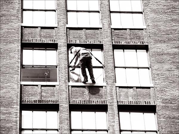 window washer by carmenfuchs