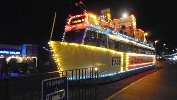 boat by KieranW