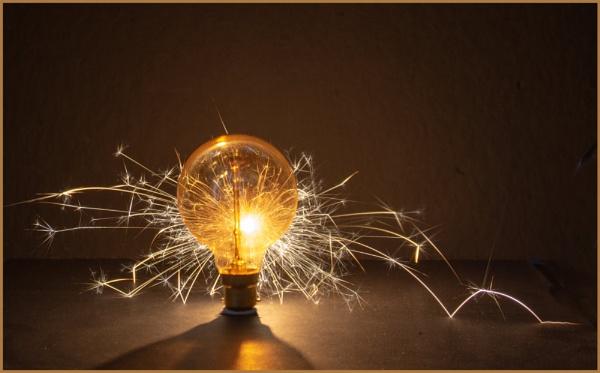 Golden Sparkler by retec