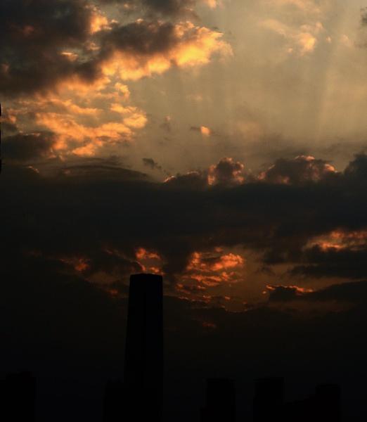 cracking sunset 2 by gjayesh