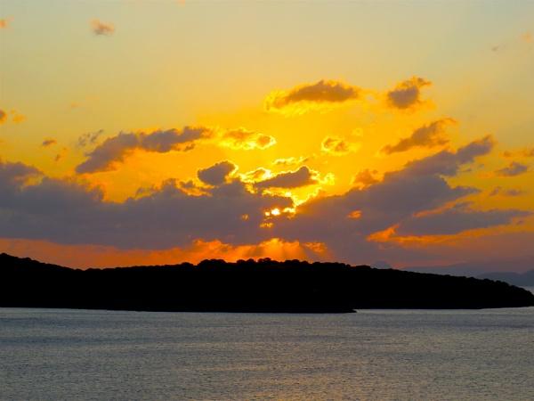 Sunrise by ddolfelin