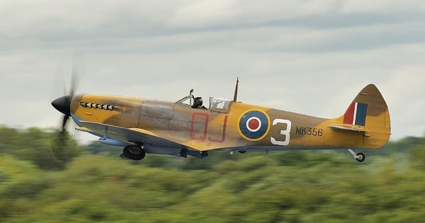 Spitfire MK356 by nealie