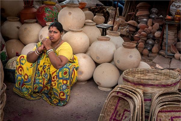 Pot lady by PhilScot