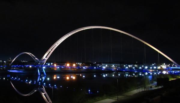 Infinity Bridge by oldgreyheron