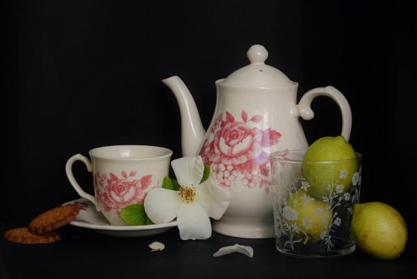 Tea Time by patri