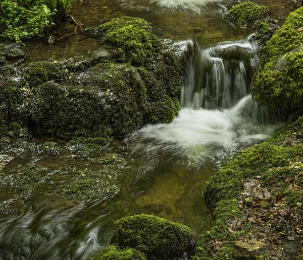 Dollar Glen Waterfall by Irishkate