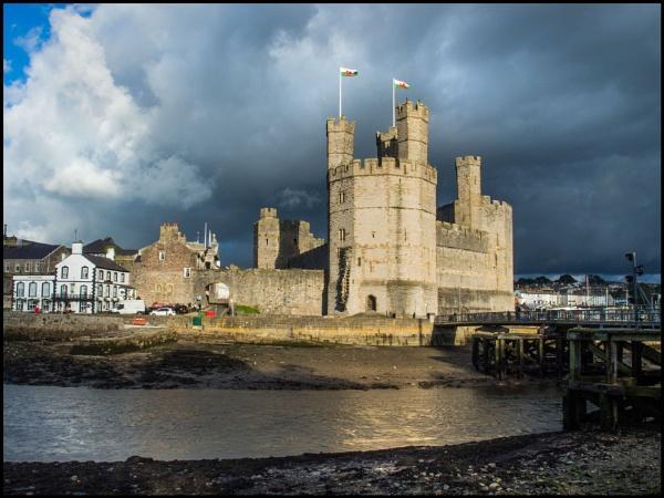 Caernarfon Castle by bwlchmawr