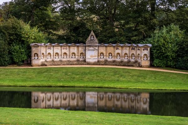 temple of British worthies. by drevilescort