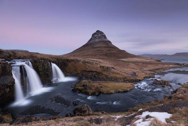 Kirkjufell Mountain by trusth