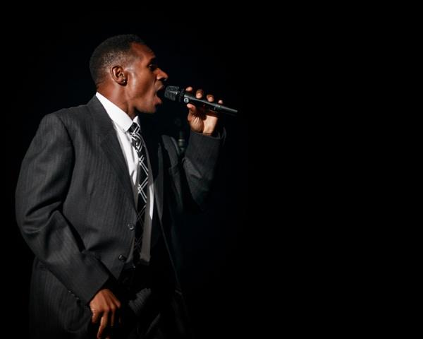 Soul singer by Stevetheroofer