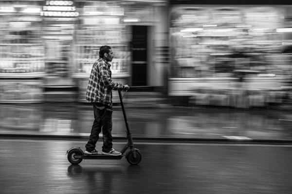 Scoot by falsecast