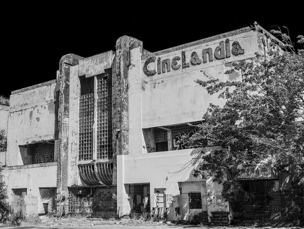 What  cinemas used to look like by ivalyn