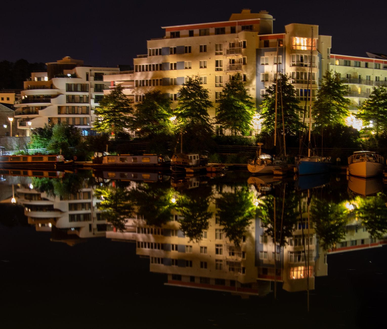 Harbourside Nights