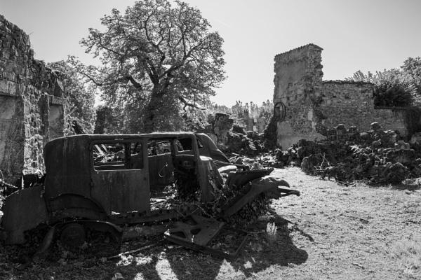 Oradour sur Glane,  village martyre - 2 by chataignier