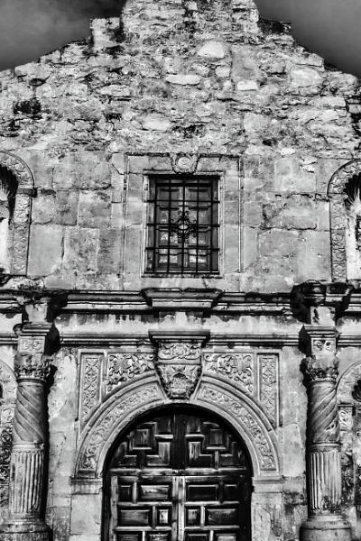 The Alamo - San Antonio by bobbyl