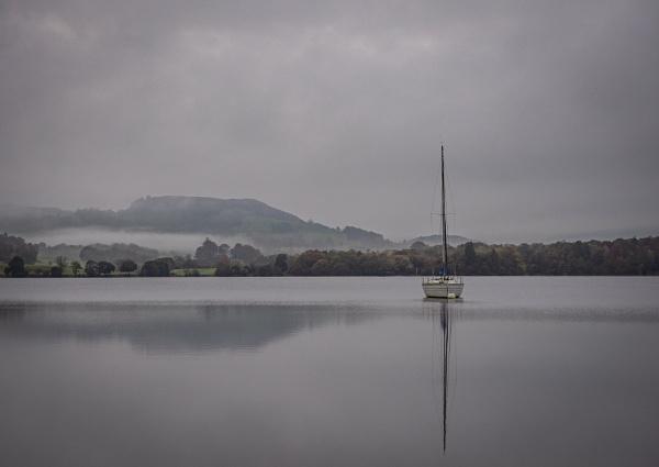 Lonesome Yacht by Skyerocket
