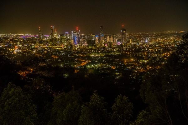 Night time Brisbane by terra
