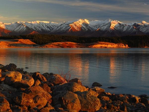 Lake Pukaki 72 by DevilsAdvocate