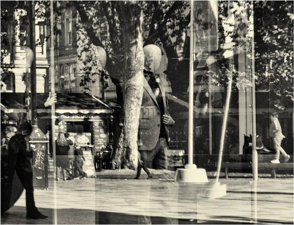 A shop window reflection. by franken
