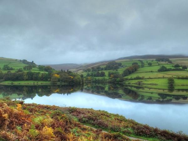 Autumn Morning at Ladybower by ianmoorcroft
