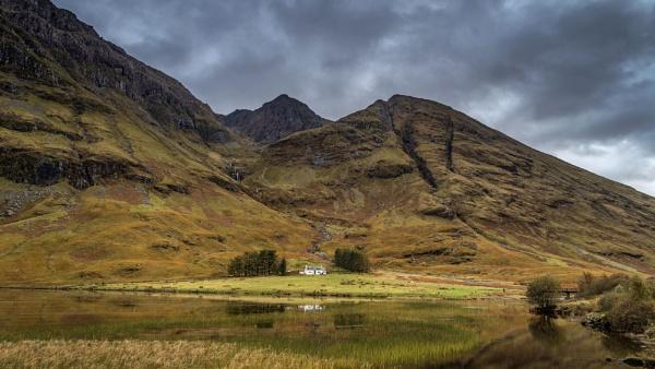 Loch Achtriochtan by Pete2453