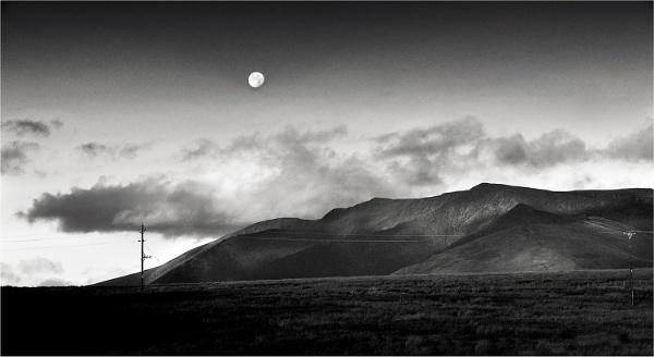 Moonrise, Blencathra. by whatriveristhis