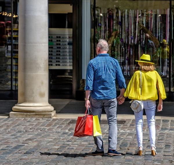 shoppers by mogobiker