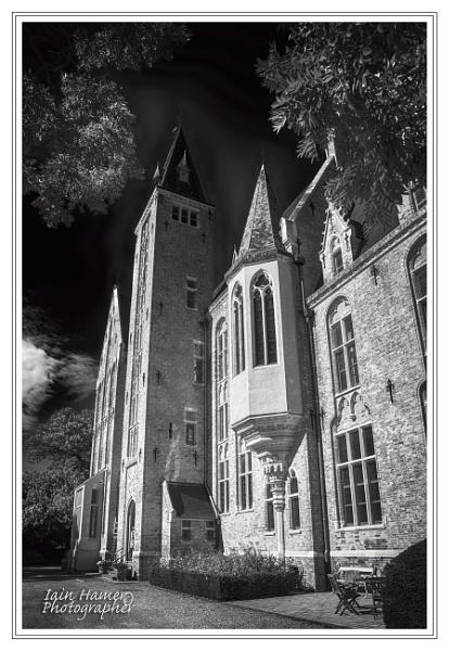 Loppem Castle by IainHamer
