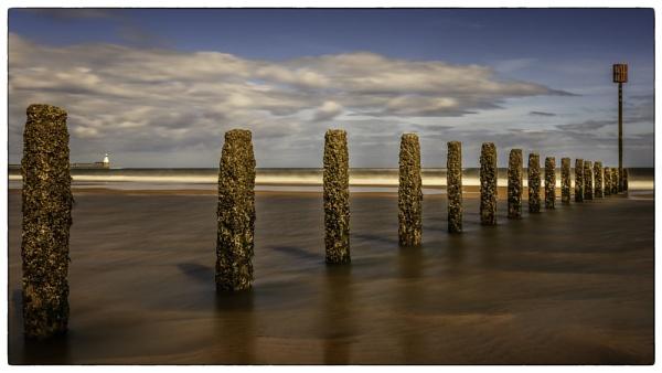 Blyth Beach. by mickmarra
