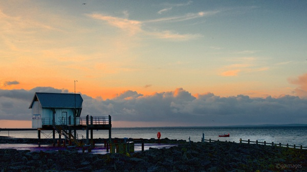 The Yacht Race Station by gpimages