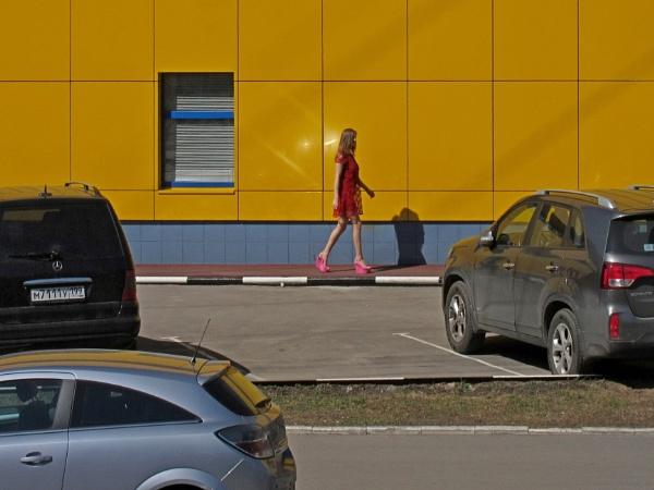 barbie walk * by leo_nid