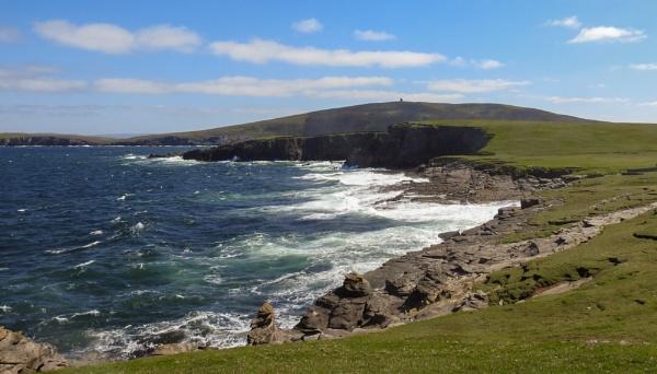 Coast off Shetland by lagomorphhunter