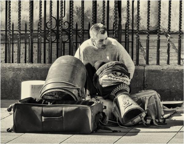 A makeshift drummer. by franken