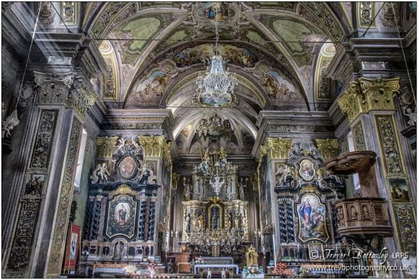 Macugnaga (2): Chiesa Parrocchiale Santa Maria Assunta by TrevBatWCC