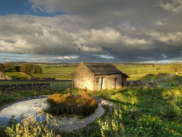 Autumn Sunshine and Showers by ianmoorcroft