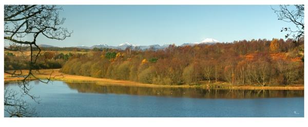Loch Ardinning by DavyB