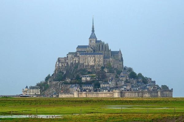Mont Saint-Michel by jeakmalt