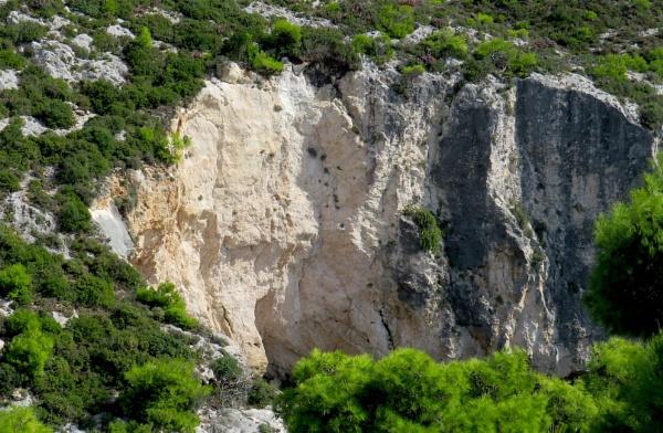 Rock fall by ddolfelin